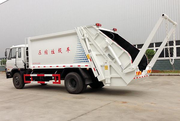 东风压缩式垃圾车图片
